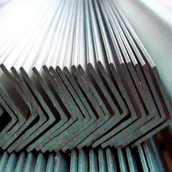 ugolok-metall